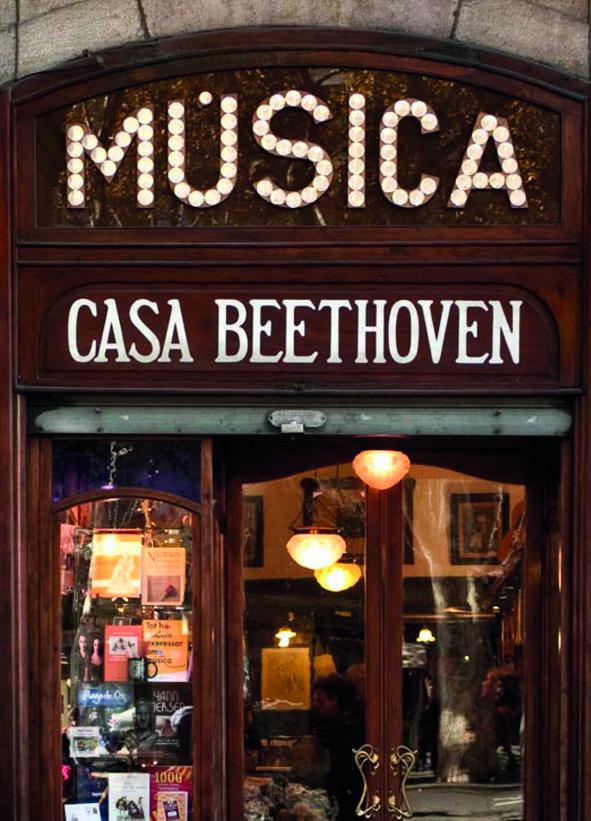 Lo storico negozio Casa Beethoven
